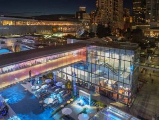 The San Francisco Travel Association opened two new Visitor Information Centers (VICs) in January 2019 – one inside the newly expanded Moscone Center and the other in Chinatown at 625 Kearny St.